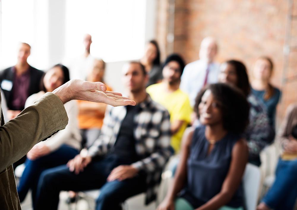Programas de formación, empresas, liderazgo, trabajo en equipo, y atención al cliente